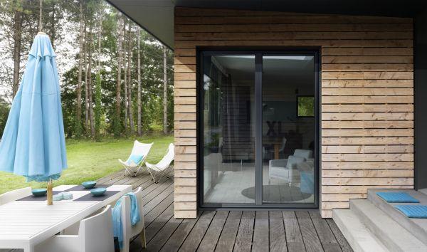 fen tres en alu k line. Black Bedroom Furniture Sets. Home Design Ideas